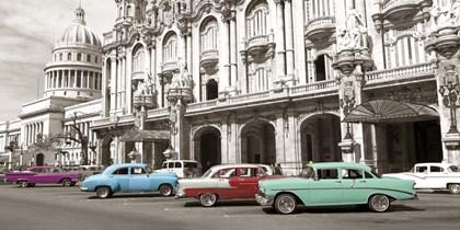 Vintage American Cars in Havana, Cuba art print