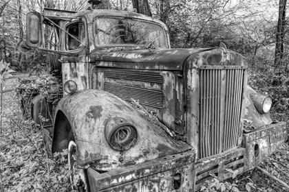 Tow Truck BW by Bob Rouse art print